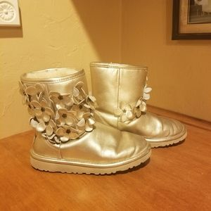 Girls Ugg Boots size 4